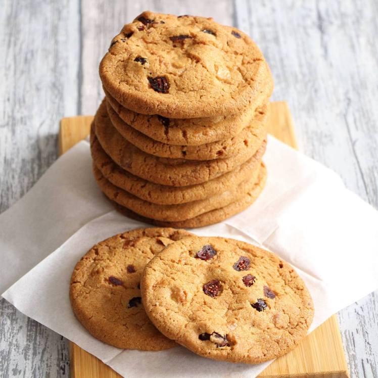 chocolate-chip-cookies-met-witte-chocolade-en-cranberries
